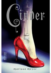 CINDER: AS CRONICAS LUNARES # 1